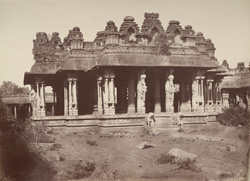 Beejanuggur. The temple of Vothoba. Southern pavilion in the enclosure. [General view of the Kalyana Mandapa of the Vitthala Temple, Vijayanagara.]